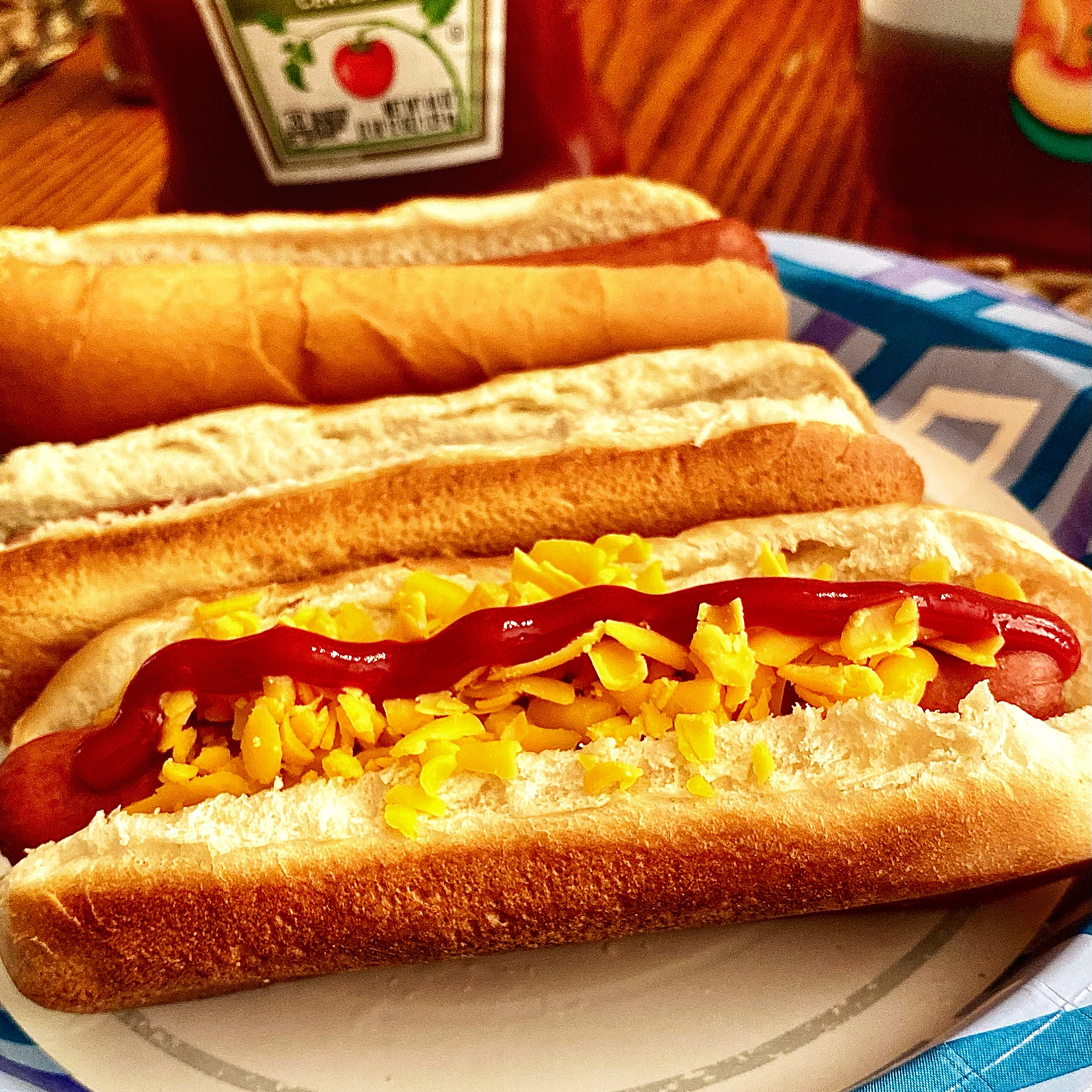 Lunch Box Hot Hot Dogs