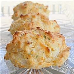 quick cheddar garlic biscuits recipe
