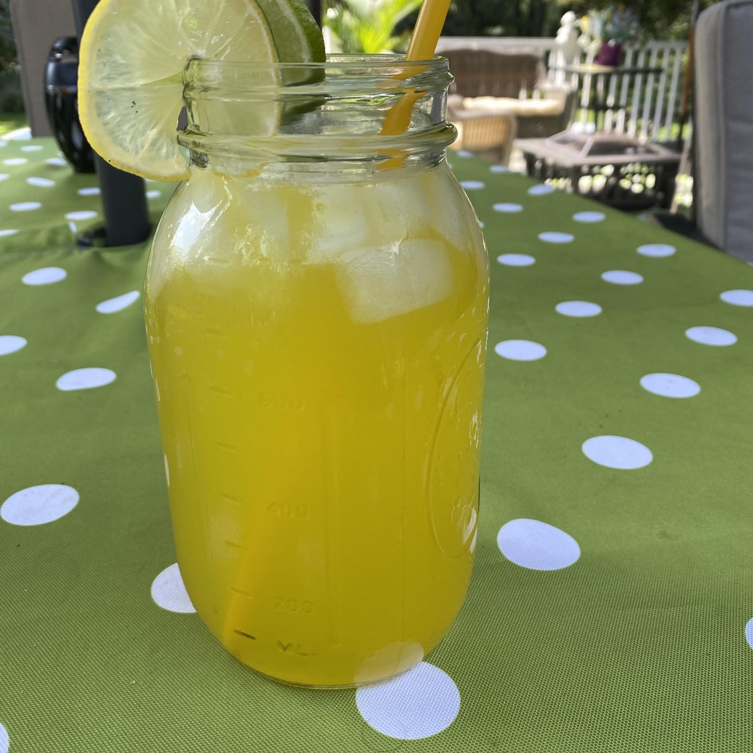 Lynchburg Lemonade Beckie