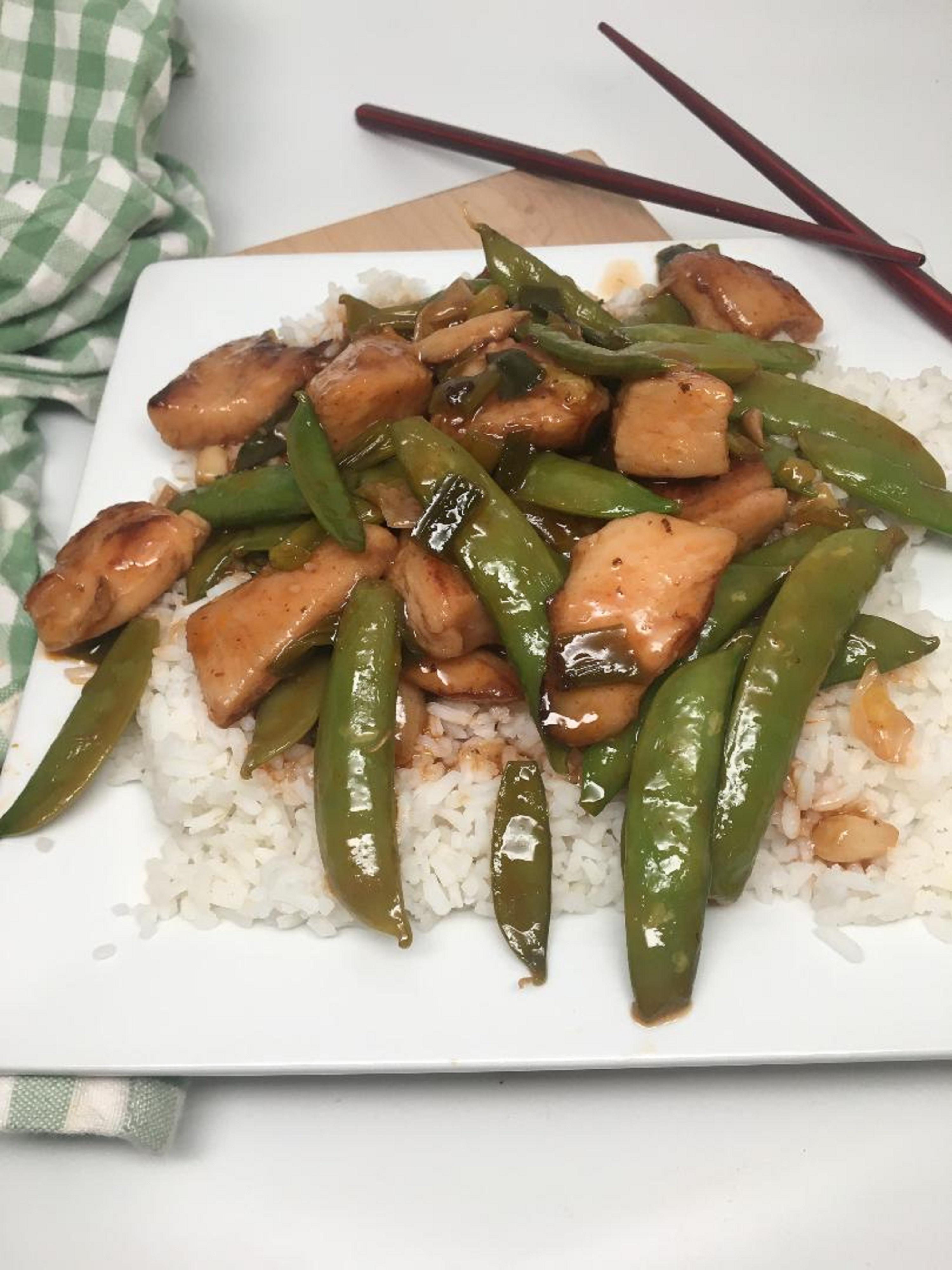 Spicy Sriracha Chicken Stir-Fry
