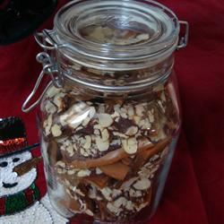 Best Toffee Ever - Super Easy Sylvia