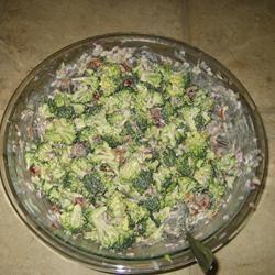 Broccoli Buffet Salad cbate3658