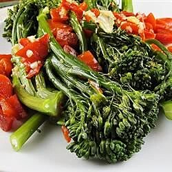 broccoli rabe with roasted peppers recipe