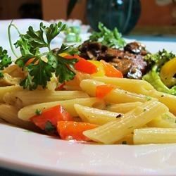 Penne Pasta with Peppers naples34102