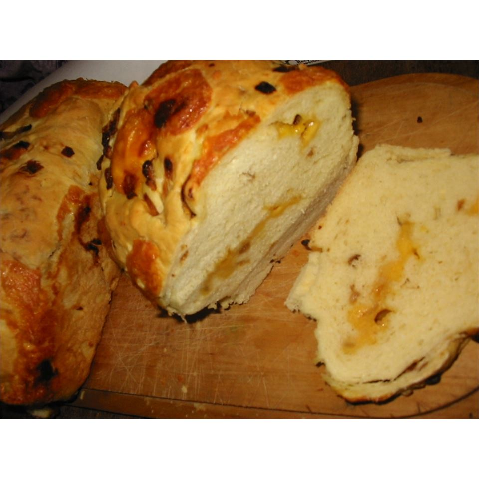 Onion, Garlic, Cheese Bread maplesquirrel