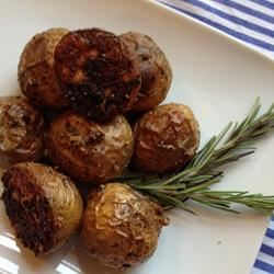 Rosemary and Lamb Crispy Roast Potatoes Cookin Up A Storm