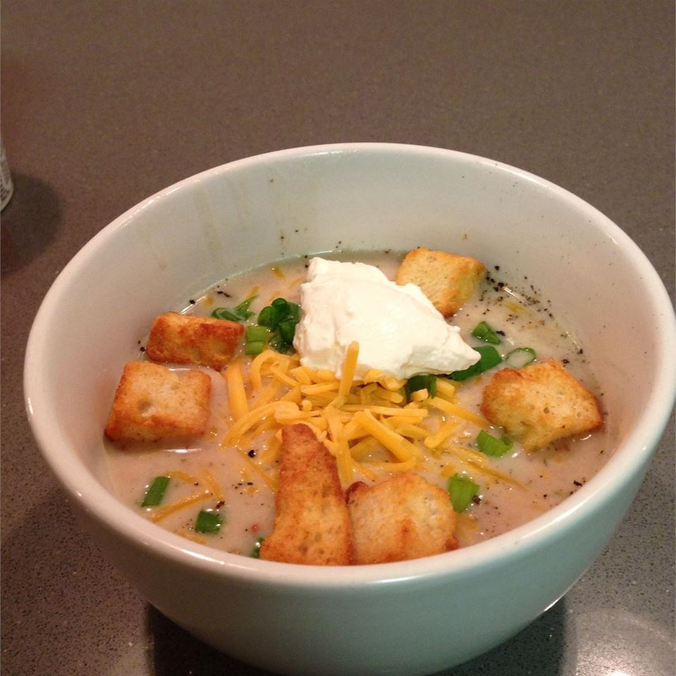Slow Cooker, Easy Baked Potato Soup snookerzz