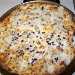 Black and White Pizza Llywelyn Fawr