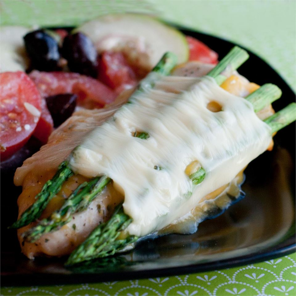 Cheesy Asparagus Chicken