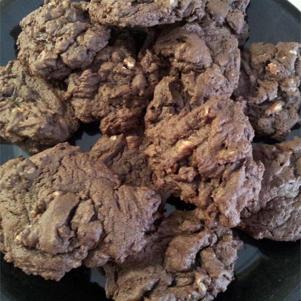 Quick Kitchen Sink Cookies