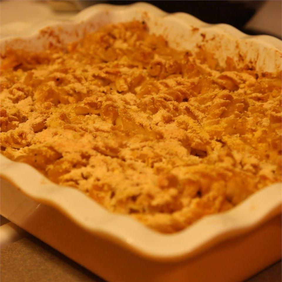 Cheesy Noodles Romanoff AvLa