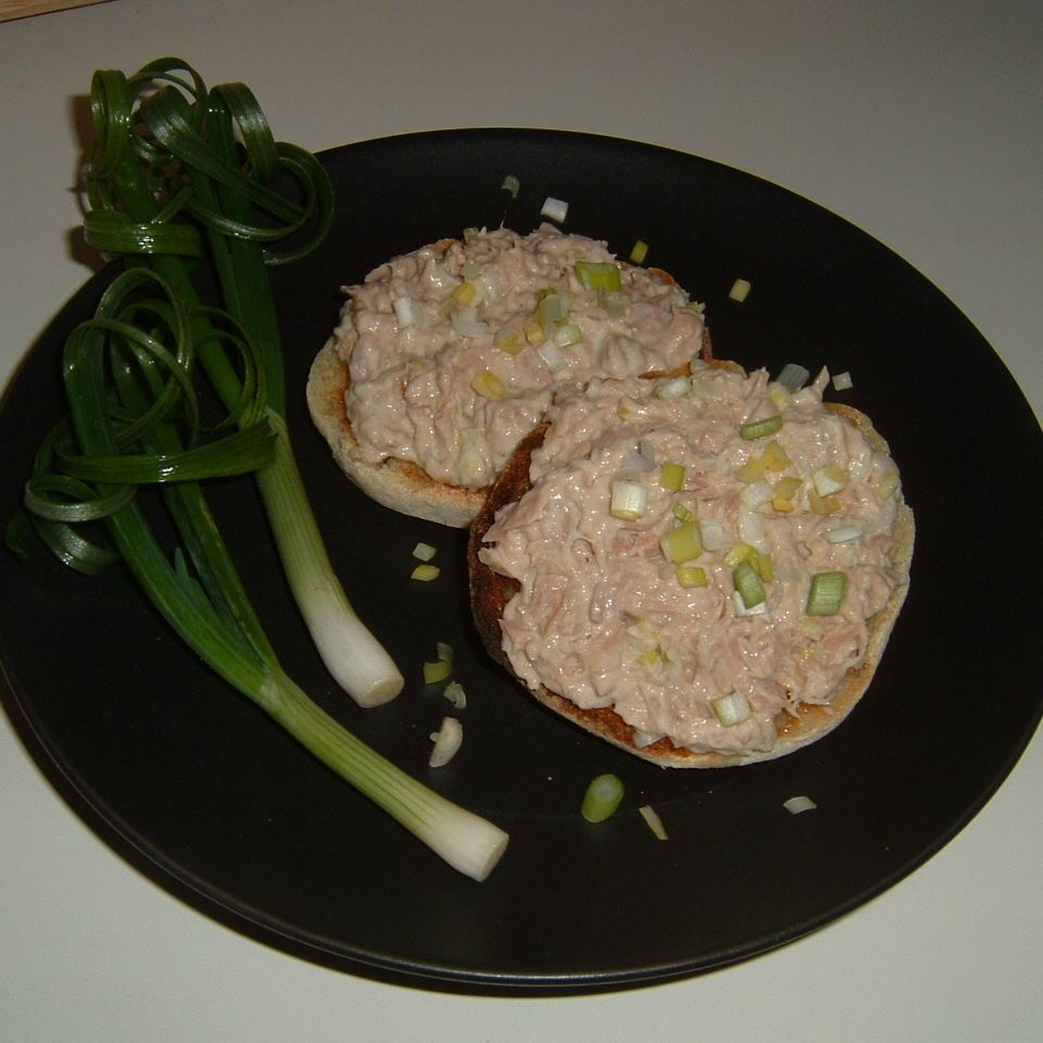 Sushi-Inspired Tuna Salad