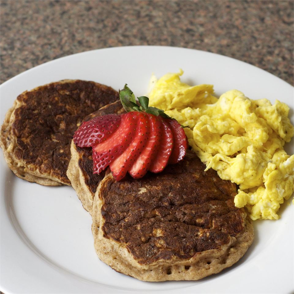 Oatmeal Cookie Pancakes magicallydelicious