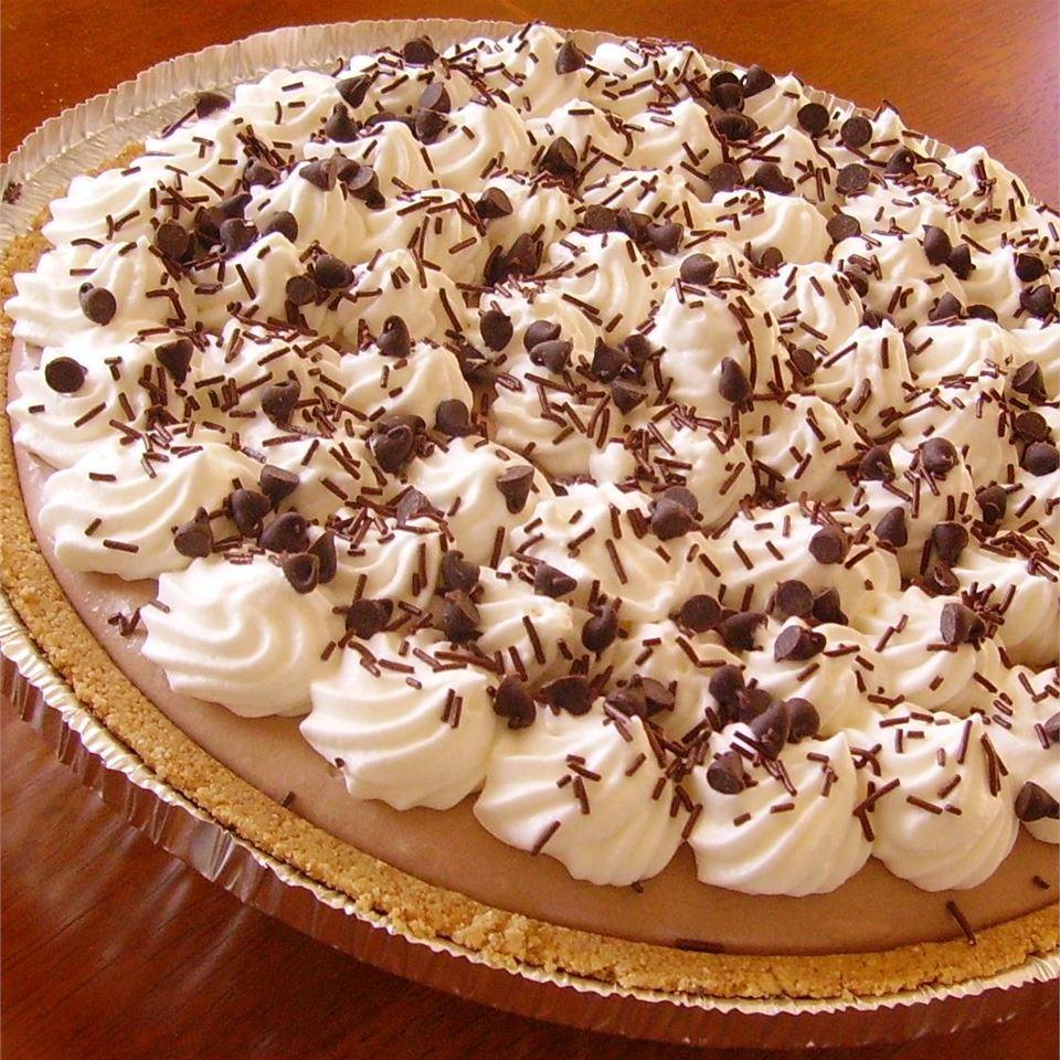 Creamy Chocolate Mousse Pie
