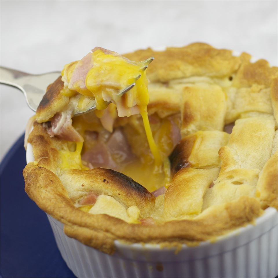 Ham and Cheese Pie magicallydelicious