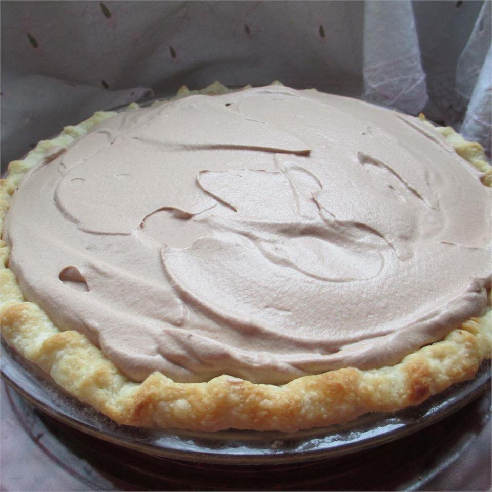 Creamy Chocolate Mousse Pie AuntE