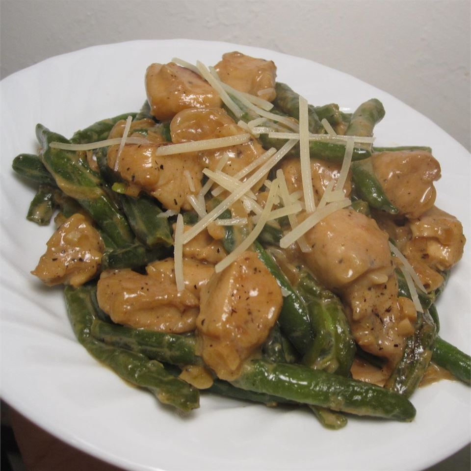 Divine Chicken with Green Beans WannaBChef