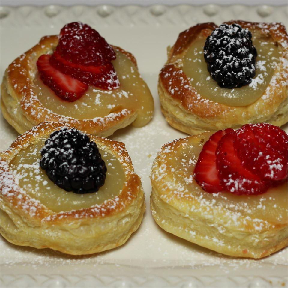 Lemon Berry Tartlets Paula