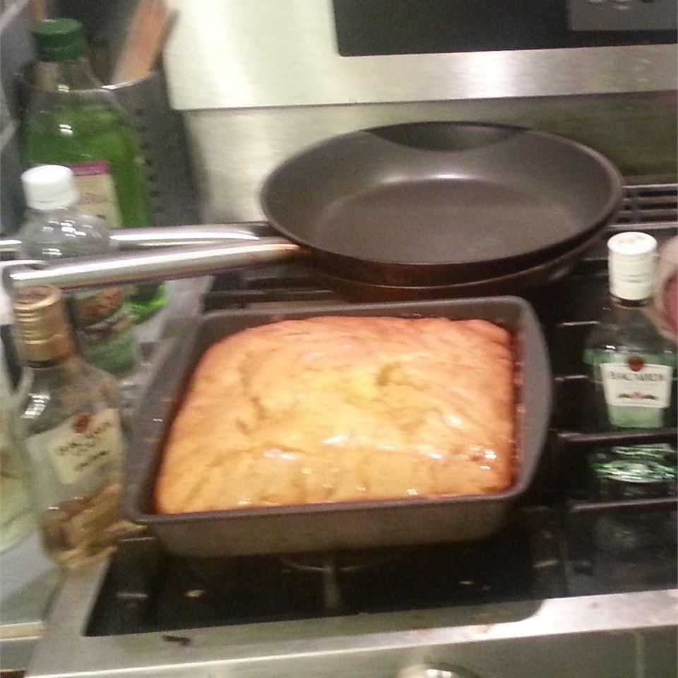 Easy Rum Cake mzdarsky