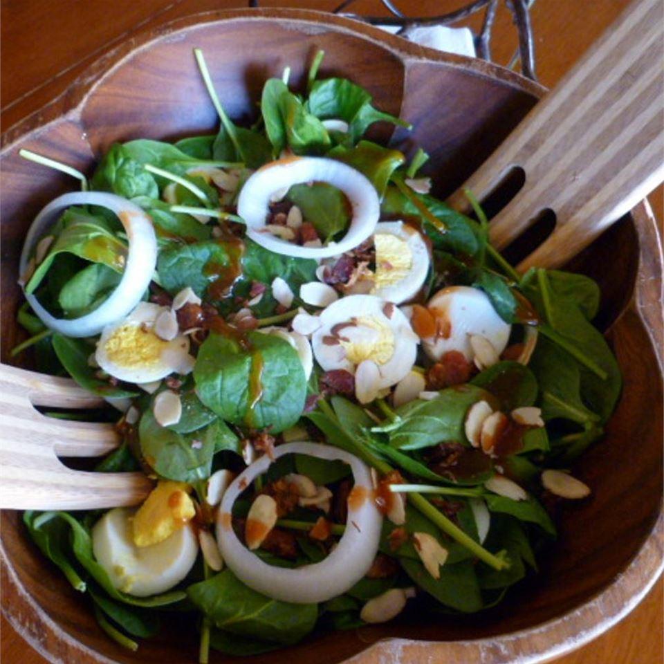 The Best Spinach Salad DotDot