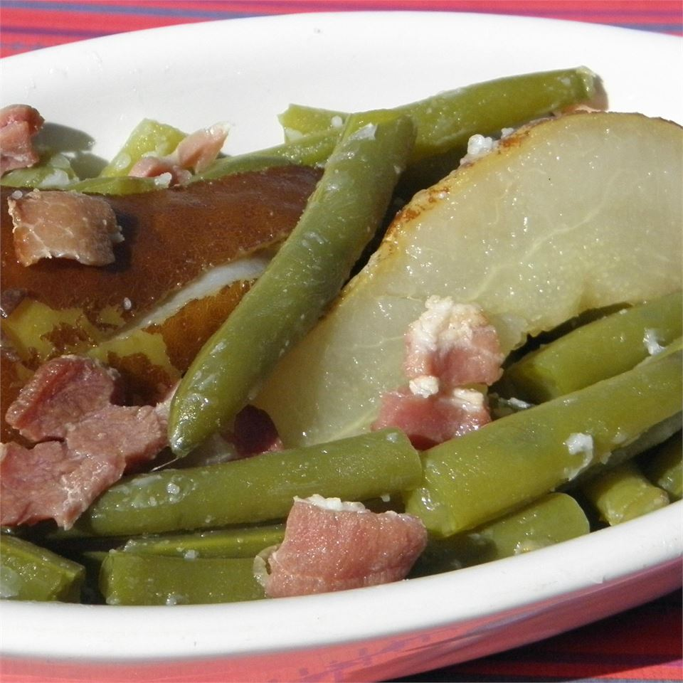 Green Beans and Pears with Bacon MARILYN PERZIK