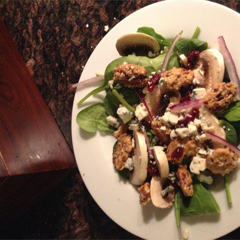 Missy's Candied Walnut Gorgonzola Salad yh