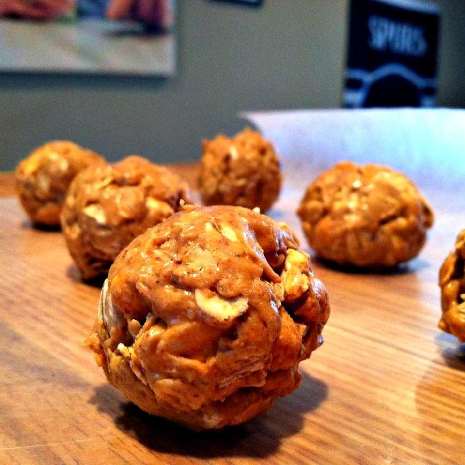 Peanut Butter Clusters lovestohost