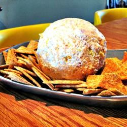 Kati Rose's Cheese Ball lovestohost