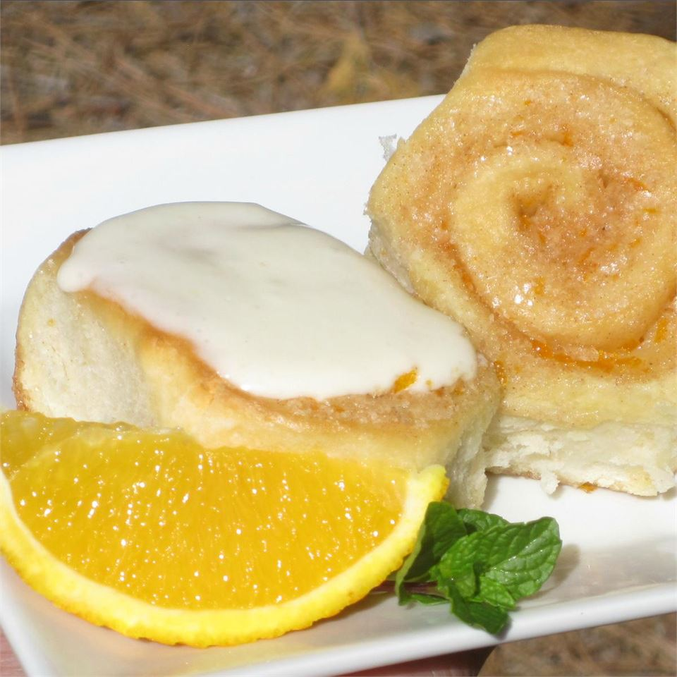 Grandma's Orange Rolls with Orange Cream Cheese Frosting *~Lissa~*