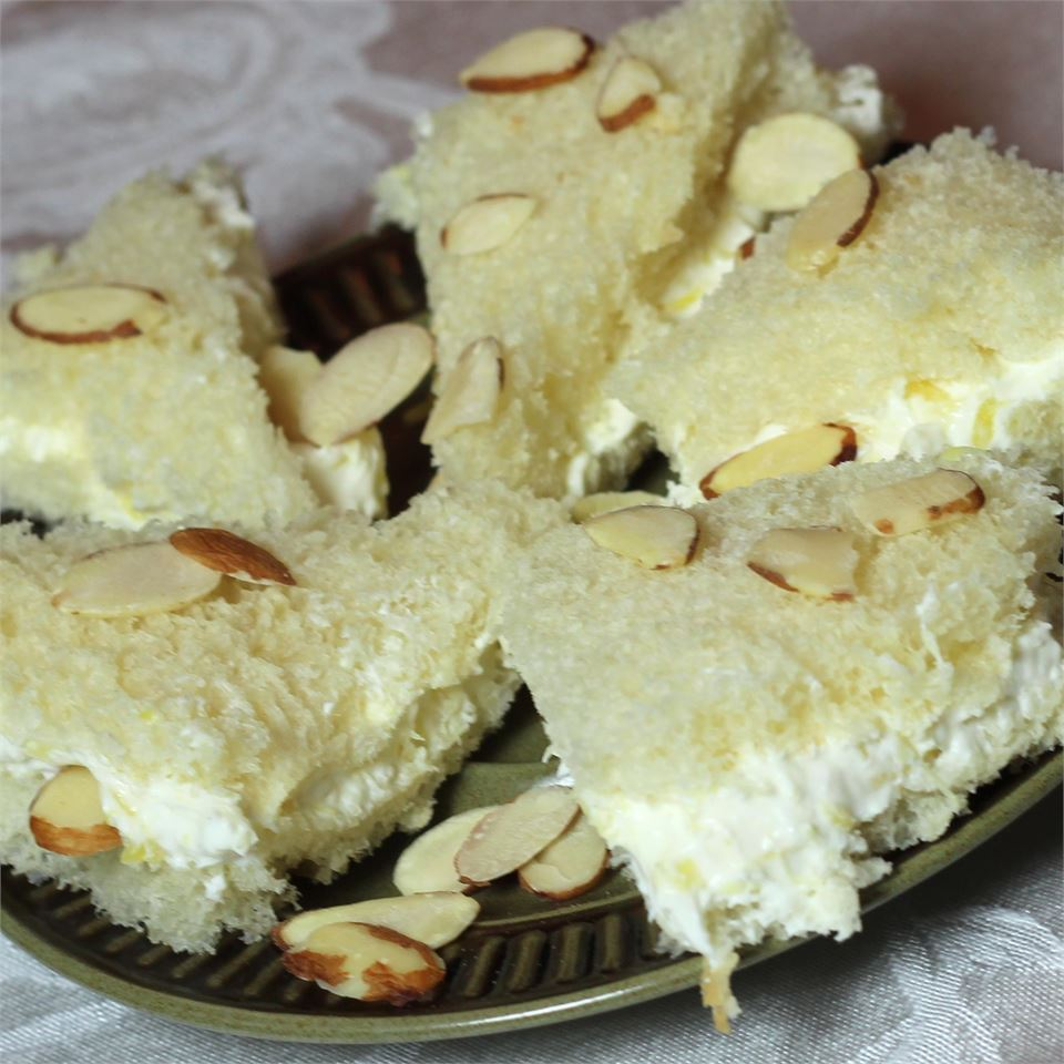 Fruit n' Nut Sandwich Vada
