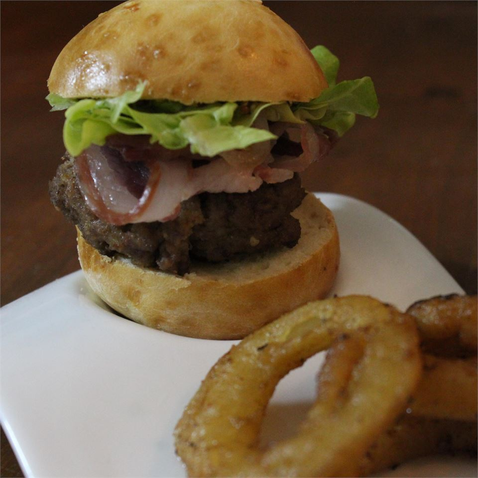 Gourmet Pub Burgers Lauren_Francis