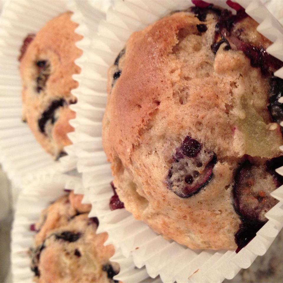 Best 100 Calorie Blueberry Muffins AngieM