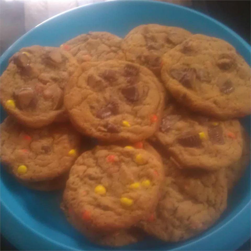 Aunt Cora's World's Greatest Cookies