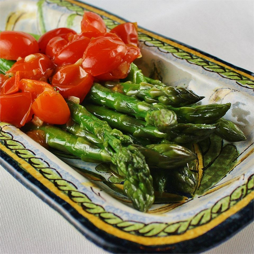 Asparagus with Tomatoes KEANSOR