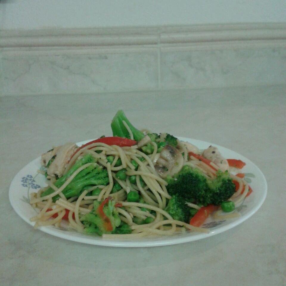 Asian Noodle Salad coxxxxcg