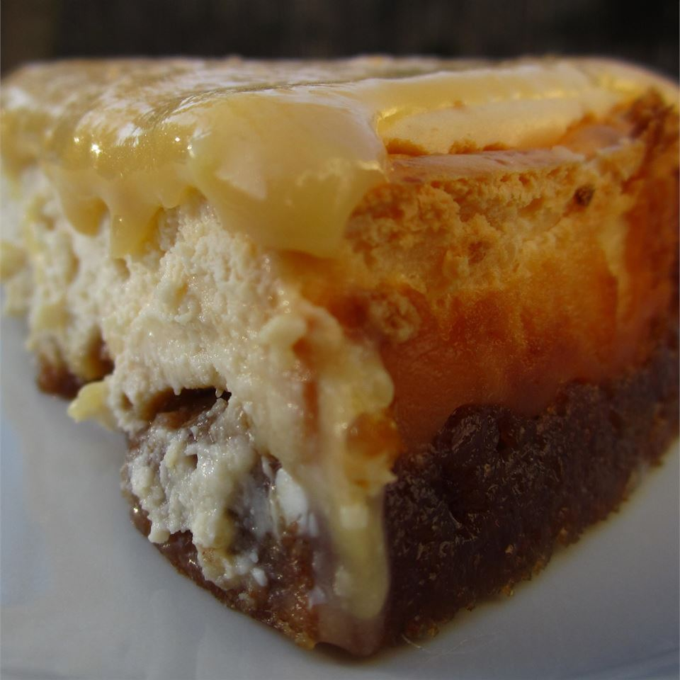 Lemon Lovers Luscious Cheesecake Pie pomplemousse