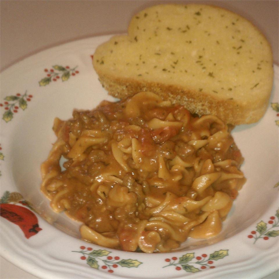 Cheesy Beef Noodle Casserole Linda Farrell