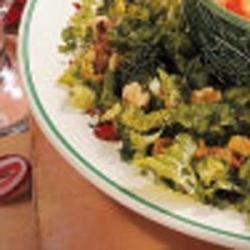 Crunchy Romaine Toss