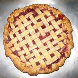 Sour Cherry Pie Lisawas