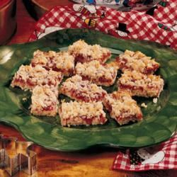 Strawberry Oatmeal Bars with Coconut
