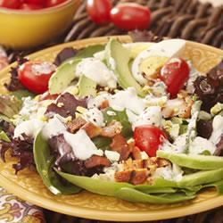 Grilled Chicken, Tomato and Baby Greens Salad with Blue Cheese Trusted Brands