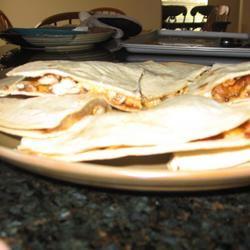 Texas Chicken Quesadillas mommyluvs2cook