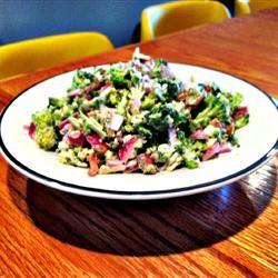 Colorful Broccoli Salad lovestohost