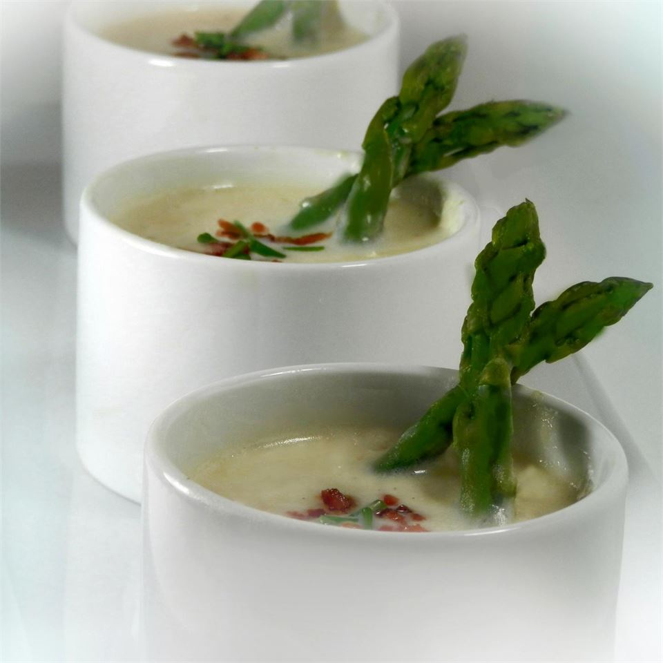 Potato Soup with Bacon and Asparagus Seeker