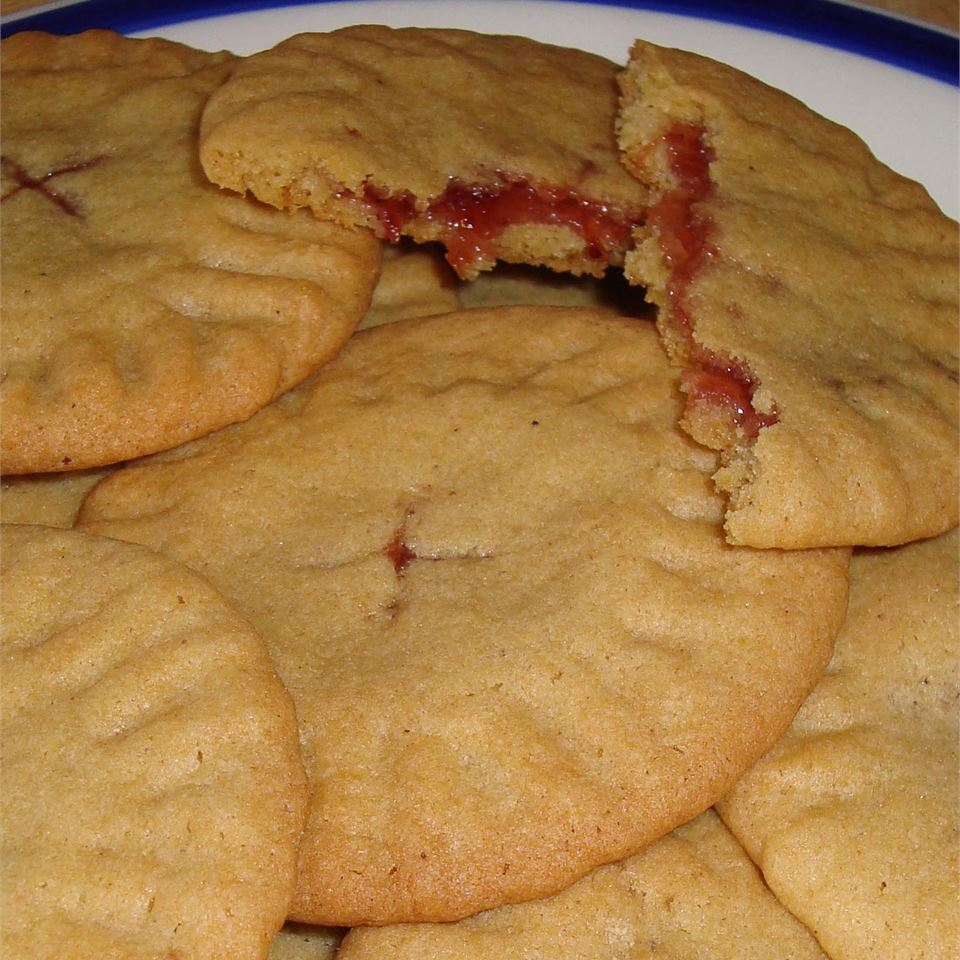 Granny's Strawberry Preserves-Filled Cookies Julie Holden