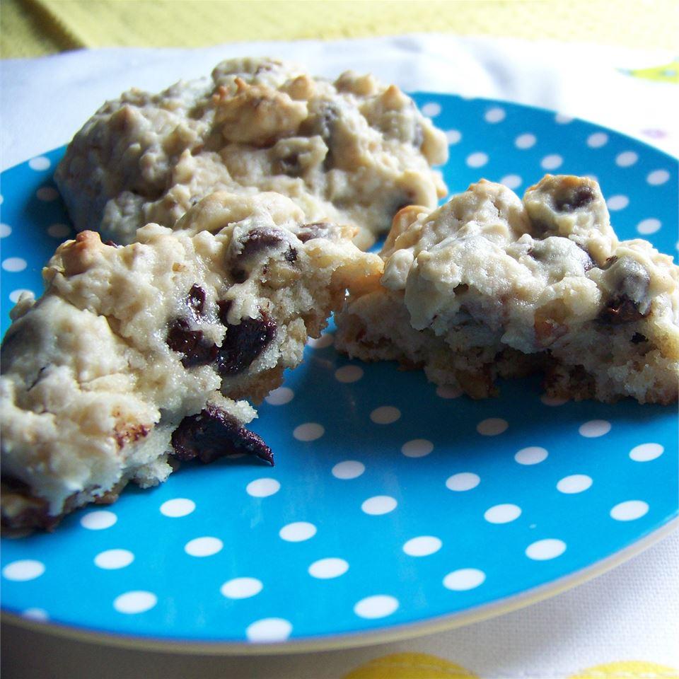 Healthy-ish Irish Oatmeal Cookies