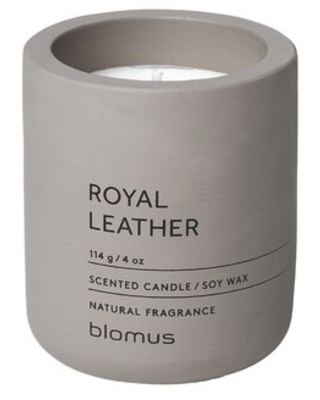 Royal Leather Scented Jar Candle - blomus