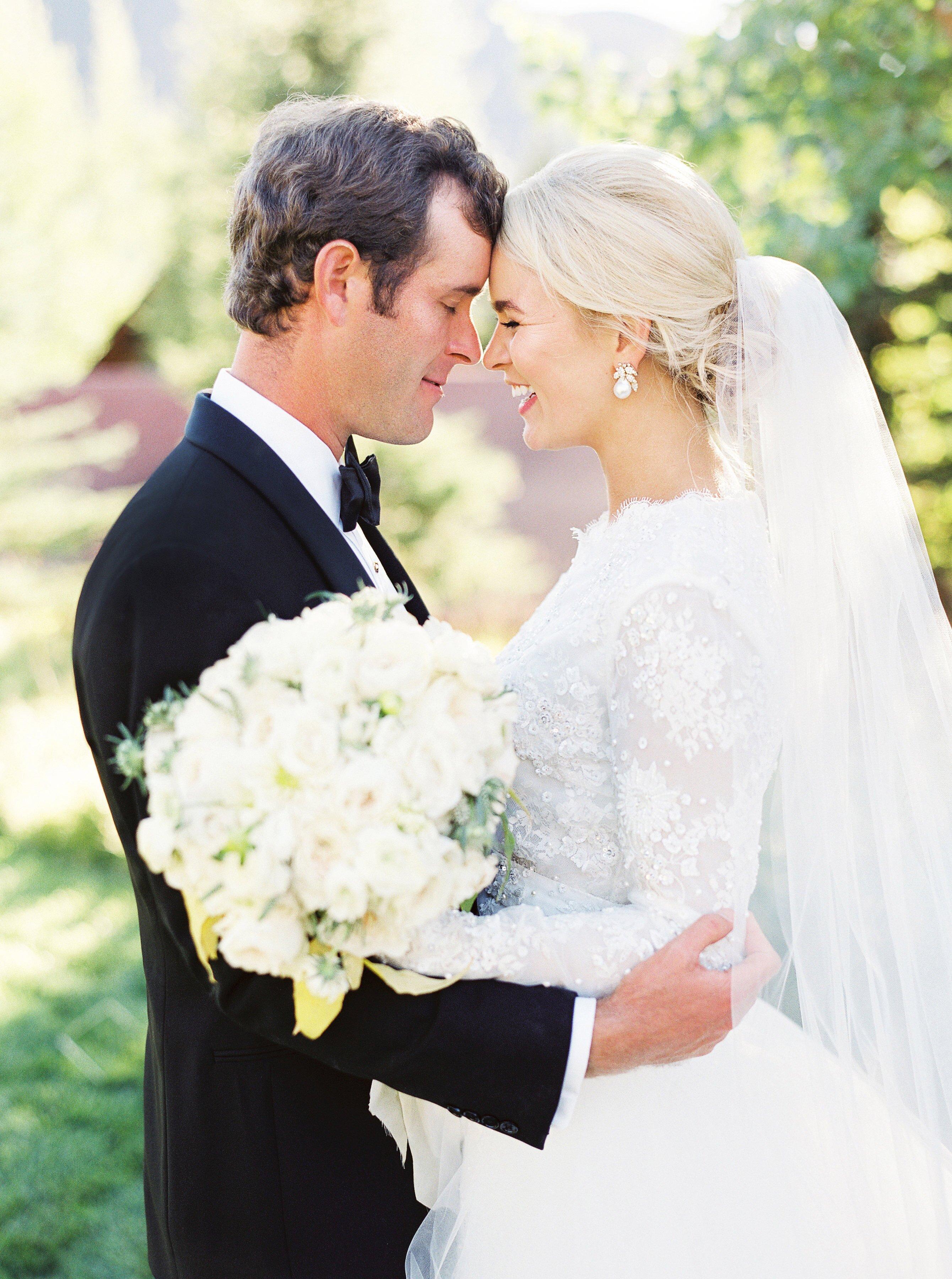 A Colorful Fall Wedding In Aspen Colorado Martha Stewart Weddings