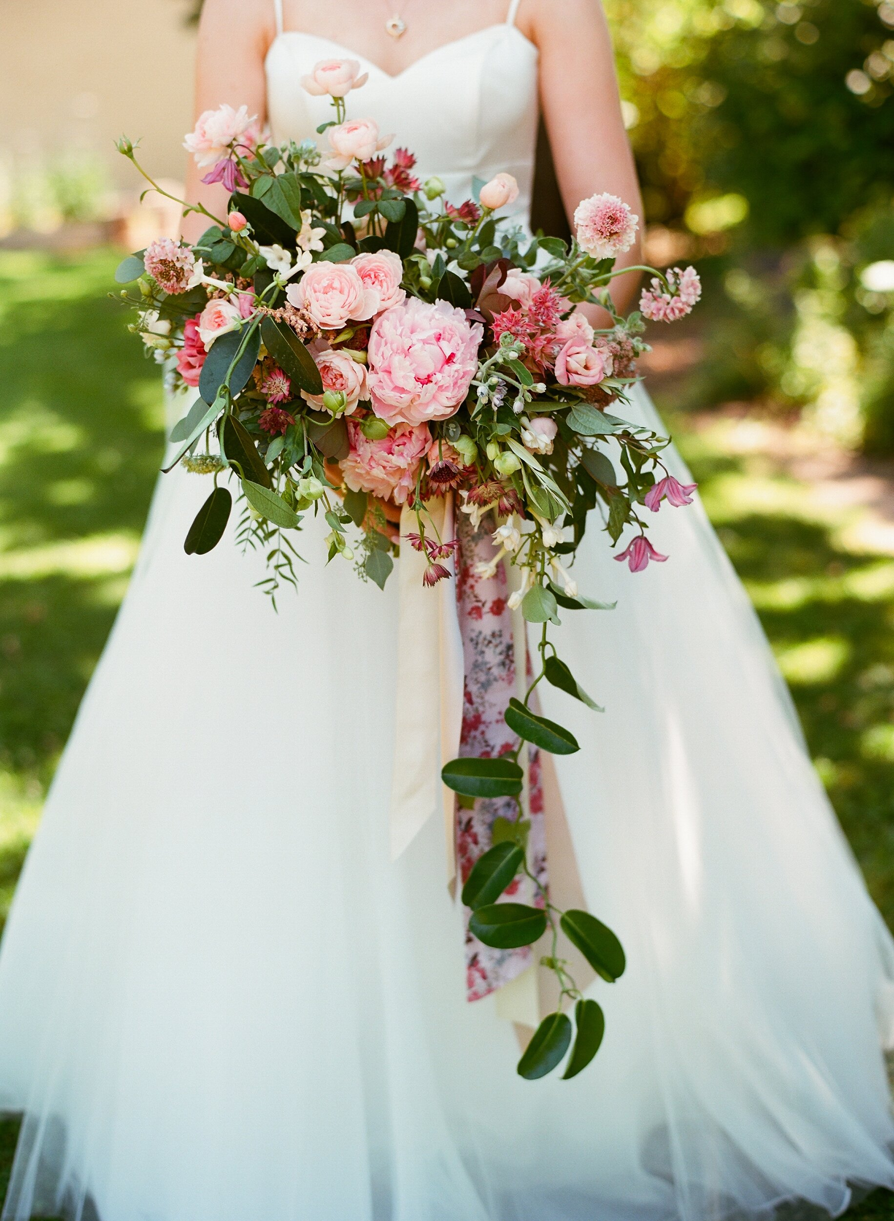 An Old World Style Wisconsin Wedding With A Floral Theme Martha