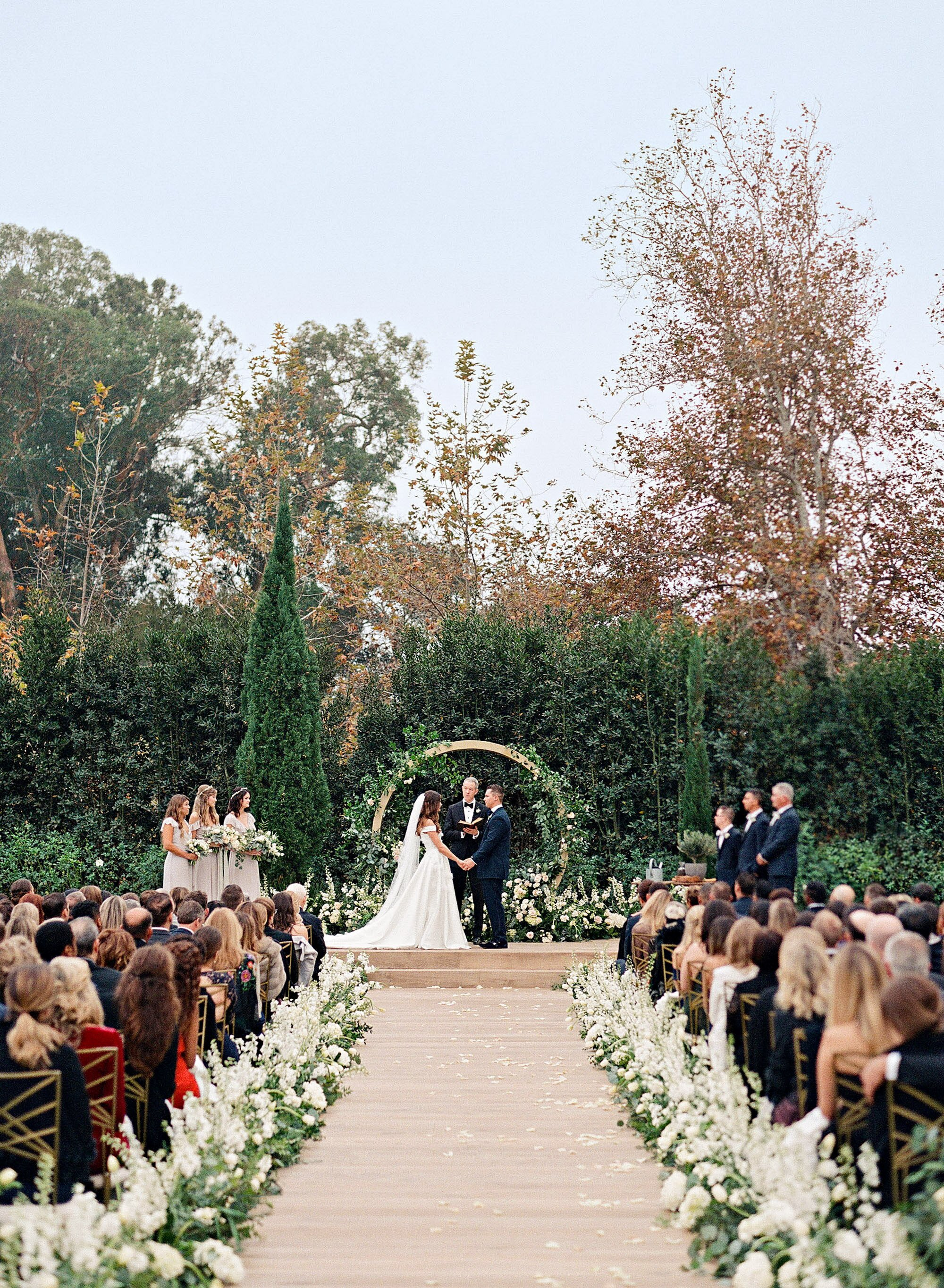 One Couple S Beautiful Winter Wedding In Santa Barbara California
